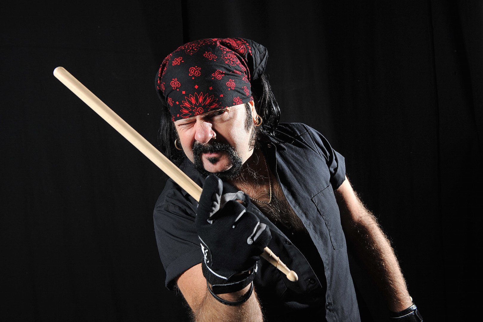 Remembering Vinnie Paul: The Drummer and the Man