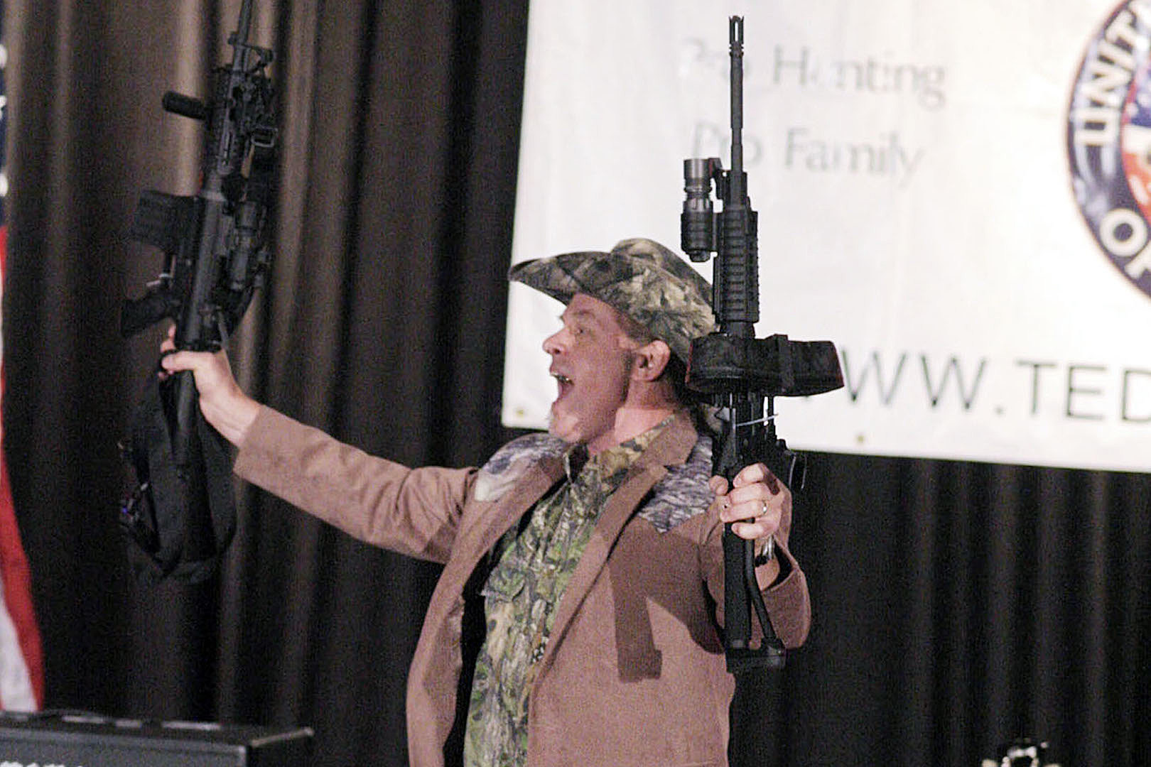 Ted Nugent Denies Banning Fans From Carrying Guns Into Roanoke Concert