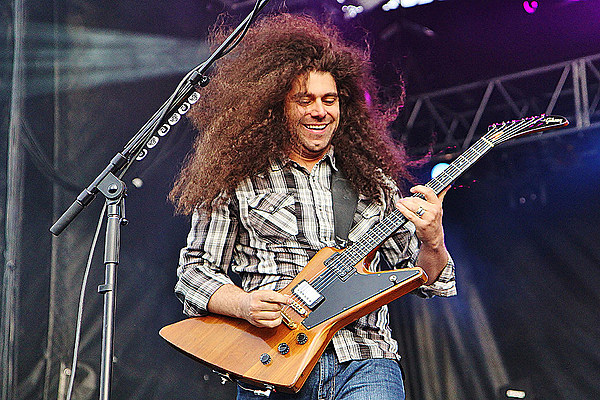 coheed and cambria frontman cuts hair off is unrecognizable. Black Bedroom Furniture Sets. Home Design Ideas