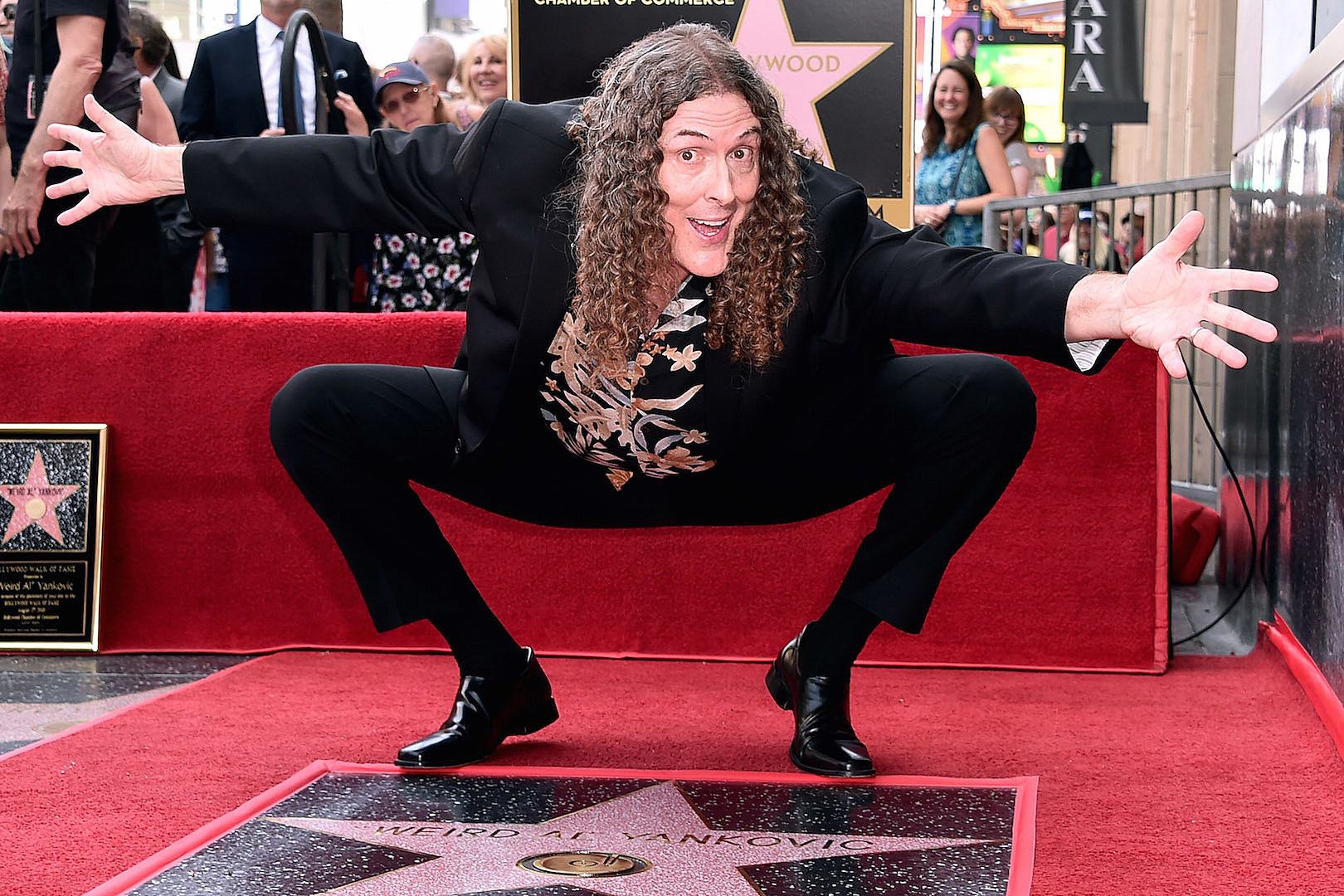 'Weird Al' Yankovic Announces Massive 2019 Tour With Symphony Orchestra
