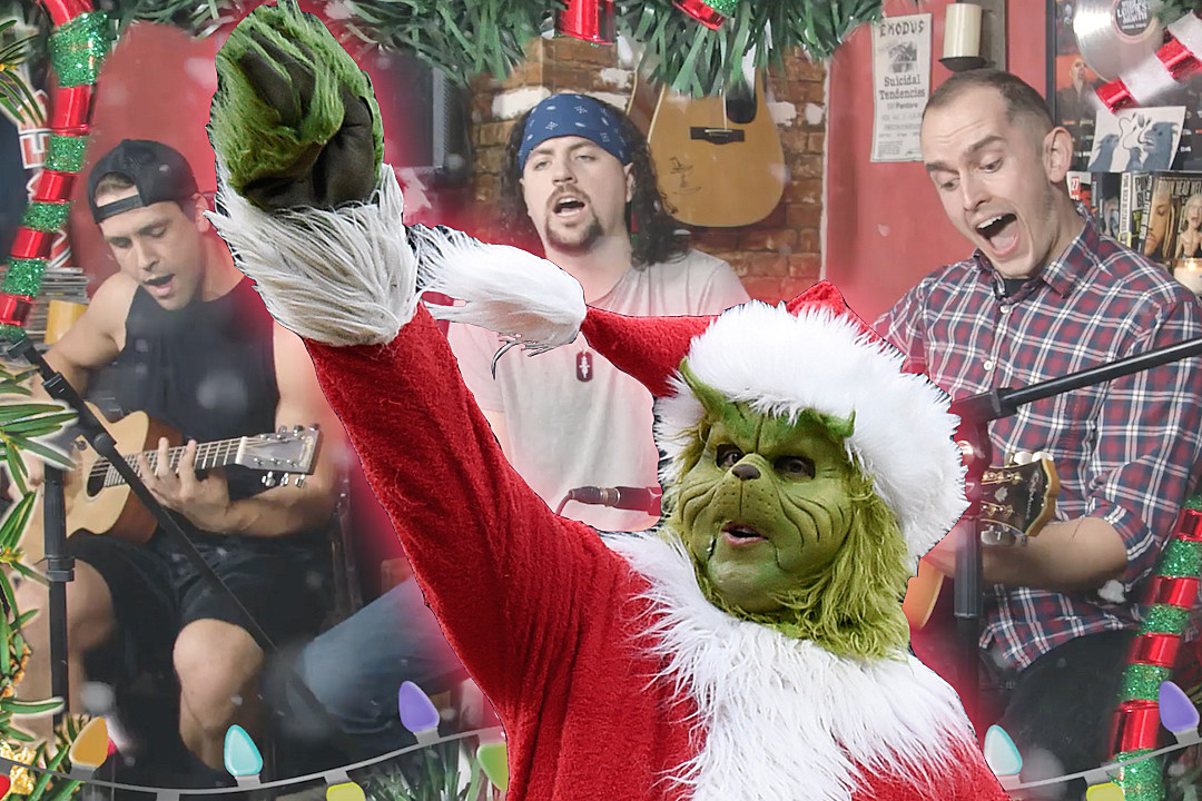 Small Town Titans Play Acoustic Rendition of Viral 'Grinch' Cover