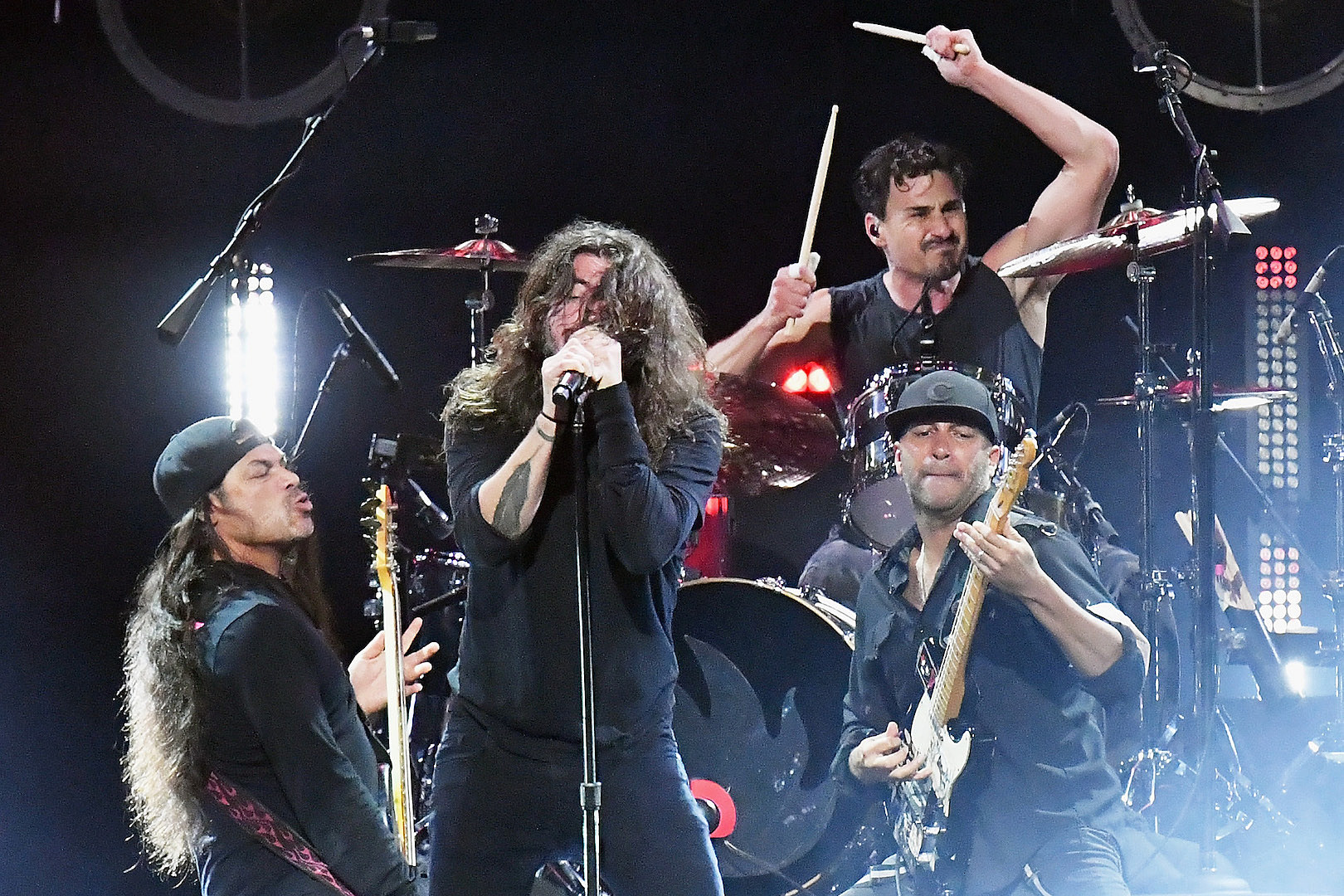 Watch Metallica + Foo Fighters Cover Soundgarden + Audioslave