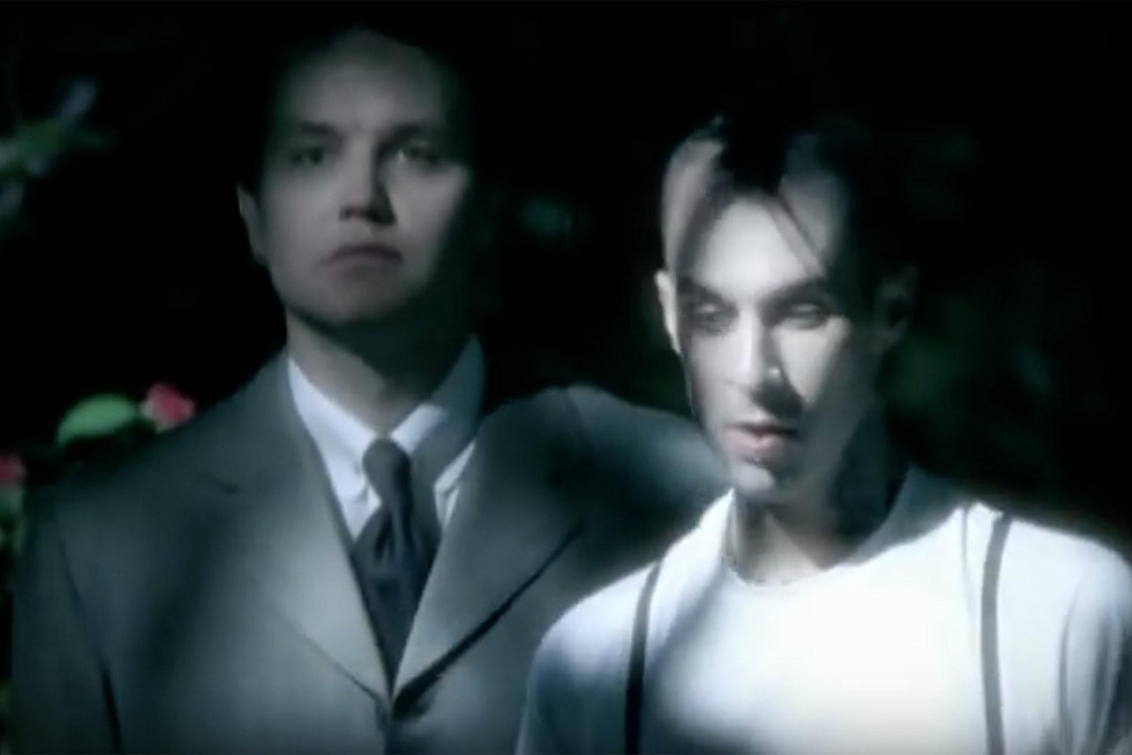 Travis Barker Compares New Blink-182 Album to Self-Titled Set