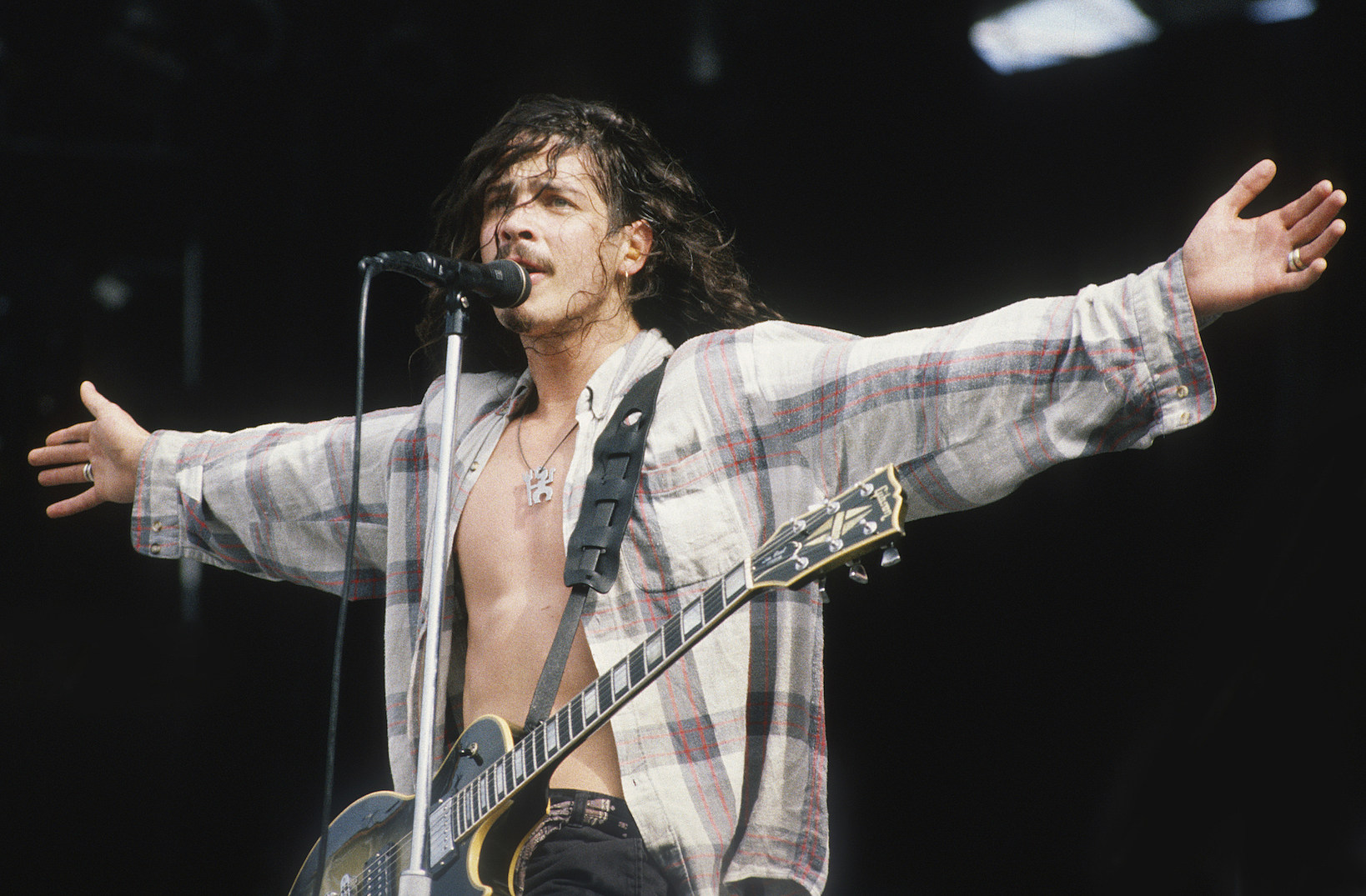 Why Chris Cornell Was the Quintessential '90s Frontman