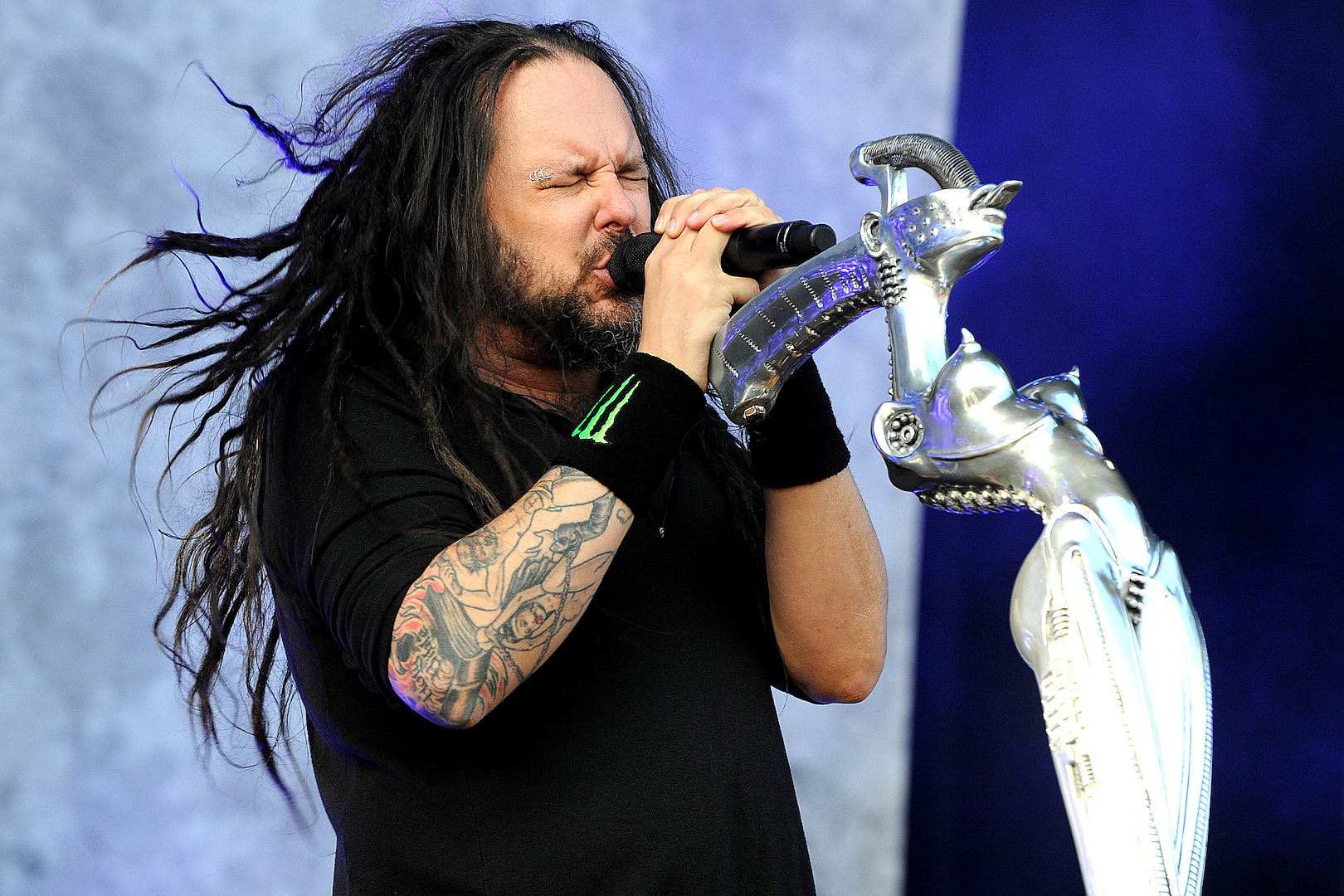Korn's Jonathan Davis Has Ghosts in His House: 'S–t Flies off the Walls'