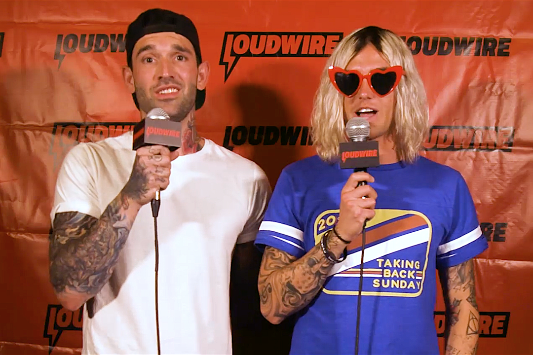 Sleeping With Sirens Go Off the Record: The Time They Lost Their Keys in a Claw Machine + More